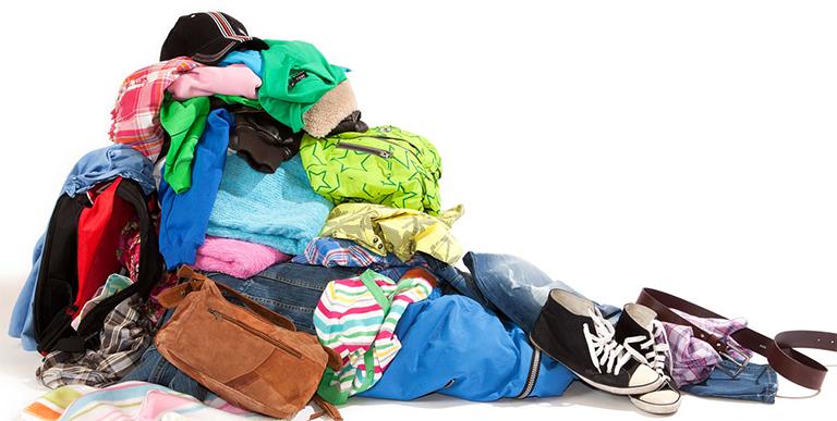 Textilreturen i Ullared. Återvinning av dina gamla kläder och textilier. Säljs i second hand eller skänks till behövande.