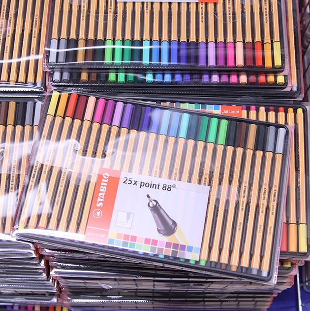 färgpennor för målarböcker
