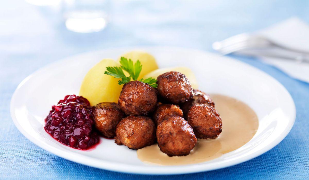 köttbullar med potatis
