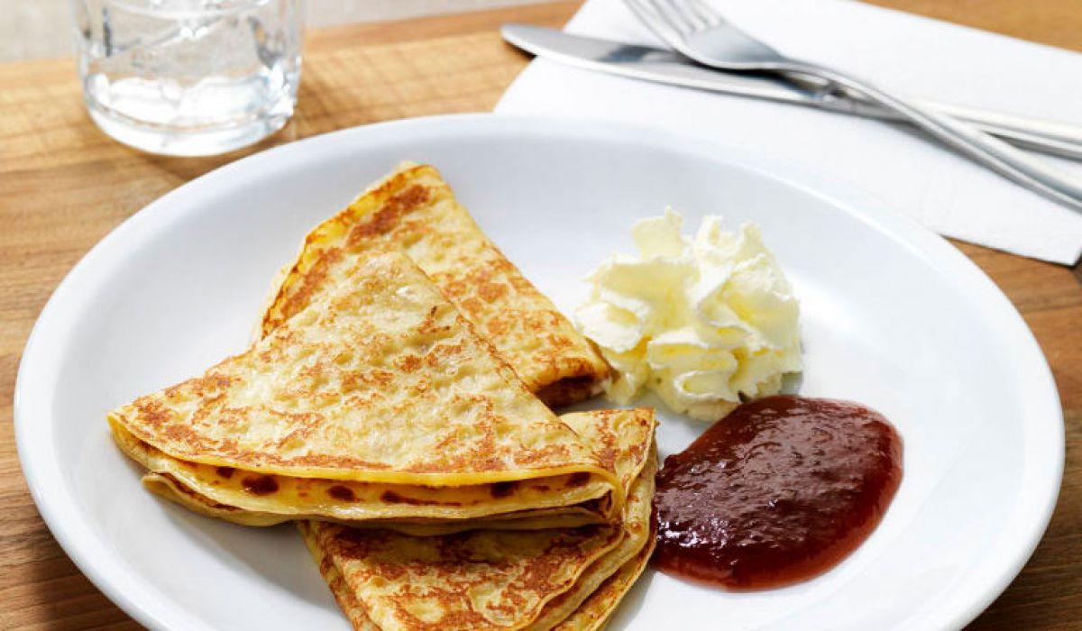 pannkakor-1-1200x700 Pannkakor on french fries, french toast, scrambled eggs, apple pie, maple syrup, full breakfast, ice cream,