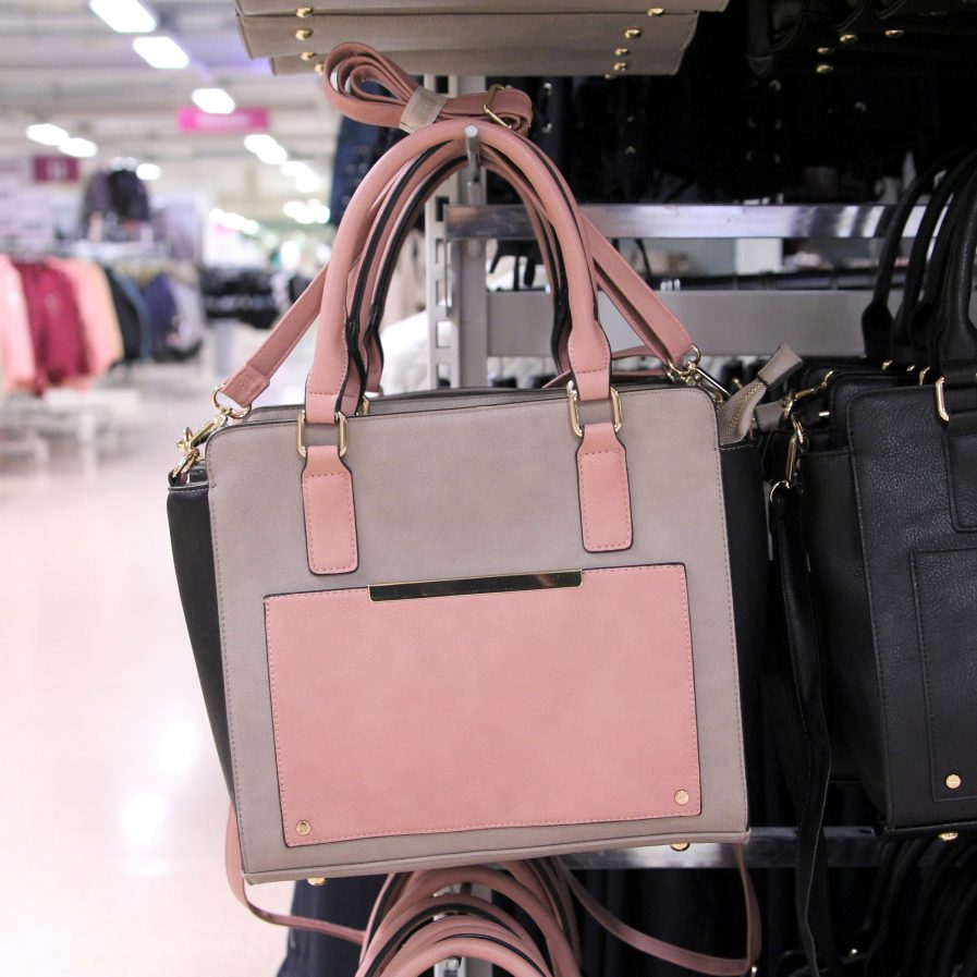 Handväska Ullared : V?skor gek?s ullared