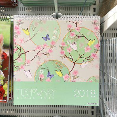 Väggkalendrar till pangpris på Gekås Ullared