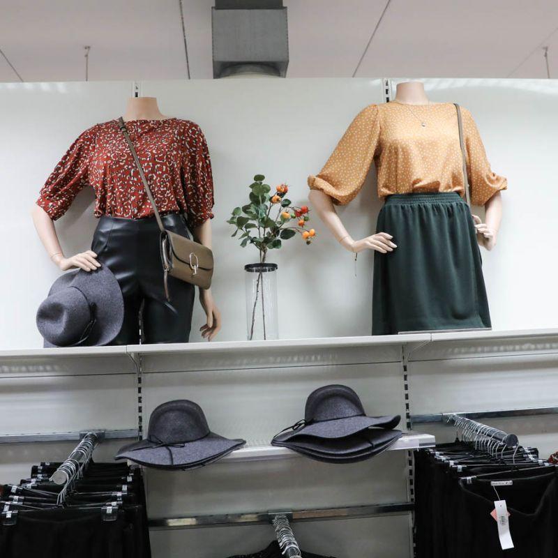 Trendiga outfits från damavdelningen | Gekås Ullared