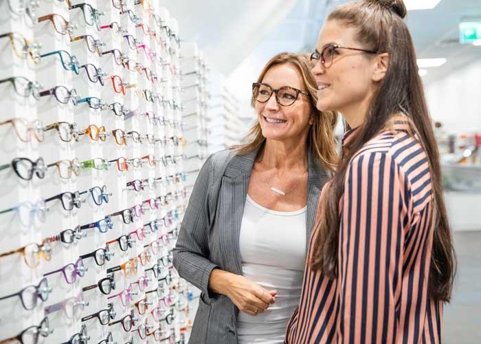 Sveriges största optikbutik Glasögonfabriken Gekås Ullared